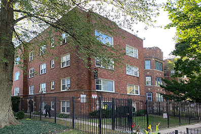 1 Bedroom Apartment in Rogers Park - Only $950