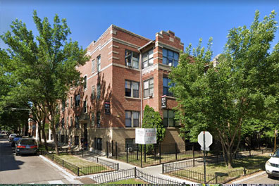 3 Bedroom Apartment: East Rogers Park